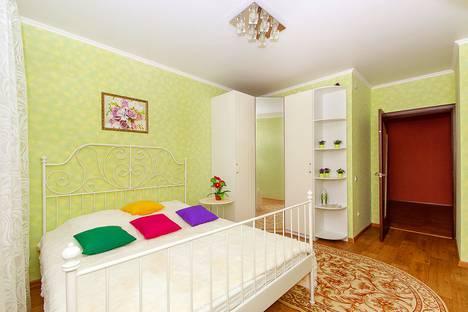 Сдается 2-комнатная квартира посуточнов Казани, Сибгата Хакима,39.