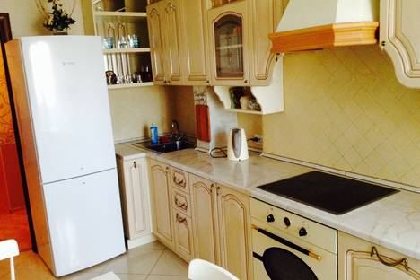 Сдается 1-комнатная квартира посуточнов Екатеринбурге, ул Якова Свердлова , д 2.