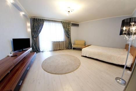 Сдается 1-комнатная квартира посуточно в Оренбурге, Диагностики 17/1.