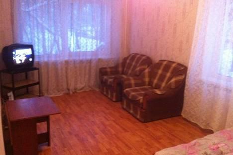 Сдается 2-комнатная квартира посуточнов Чайковском, ленина 23.