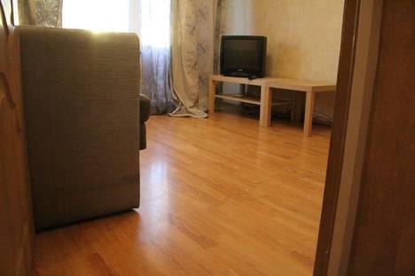 Сдается 1-комнатная квартира посуточнов Санкт-Петербурге, проспект Большевиков, 17.