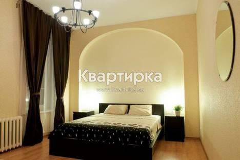 Сдается 1-комнатная квартира посуточнов Санкт-Петербурге, набережная канала Грибоедова 7.