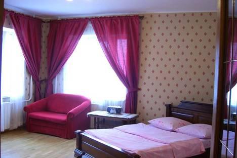 Сдается 2-комнатная квартира посуточно в Смоленске, ул. Академика Петрова, д. 14.