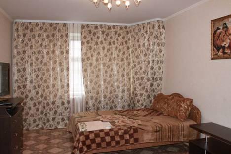 Сдается 1-комнатная квартира посуточно в Альметьевске, Ленина 104б.