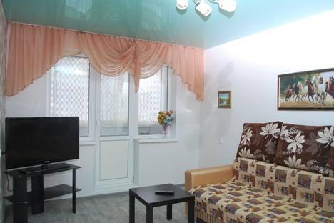 Сдается 2-комнатная квартира посуточно в Златоусте, проспект им Ю.А.Гагарина 8-я линия, 2.