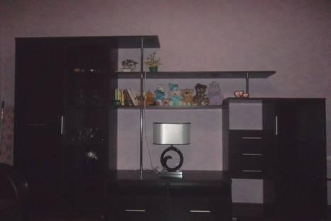 Сдается 1-комнатная квартира посуточнов Небуге, Центр, пл.Ильича 4.