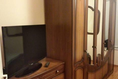 Сдается 3-комнатная квартира посуточнов Санкт-Петербурге, ул.Комсомола 49.