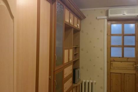 Сдается 2-комнатная квартира посуточно в Гурзуфе, ул. Ленинградская, д. 76.