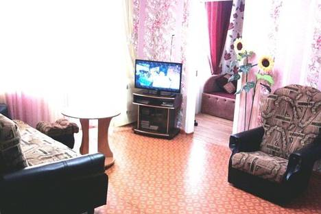 Сдается 2-комнатная квартира посуточнов Приморском, ул. Советская, д. 24.