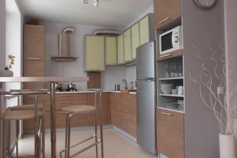 Сдается 3-комнатная квартира посуточно в Феодосии, ул. Чкалова, д. 96а.
