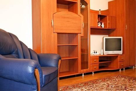 Сдается 3-комнатная квартира посуточно в Киеве, ул. Горького, 100.
