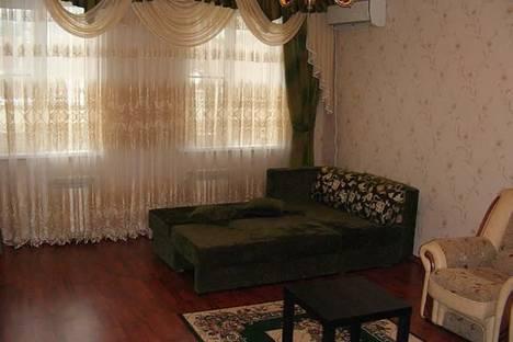 Сдается 2-комнатная квартира посуточно в Геленджике, ул. Туристическая, д.6.