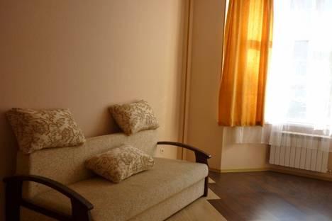 Сдается 1-комнатная квартира посуточно в Геленджике, ул. Колхозная, 11а.