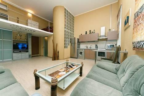 Сдается 1-комнатная квартира посуточно, ул. Саксаганского, 33-35.