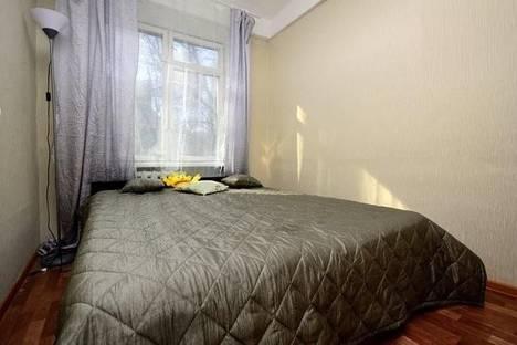 Сдается 2-комнатная квартира посуточнов Санкт-Петербурге, Бассейная ул., 3.
