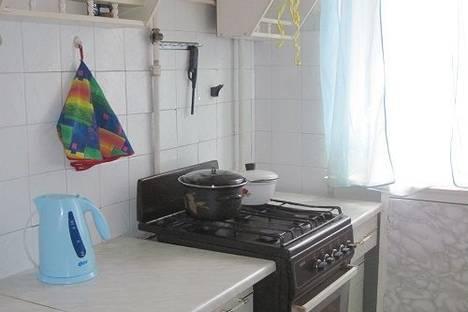 Сдается 3-комнатная квартира посуточно в Костроме, Проспект Мира,73.