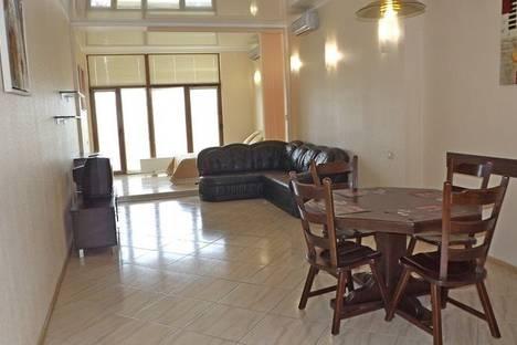 Сдается 1-комнатная квартира посуточно в Одессе, ул.Гагаринское плато 5/3.
