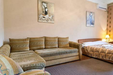 Сдается 2-комнатная квартира посуточно в Киеве, Льва Толстого, 5-а.