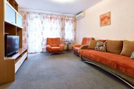 Сдается 2-комнатная квартира посуточнов Киеве, Хоревая, 32.