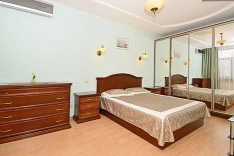 Сдается 2-комнатная квартира посуточно в Киеве, Леси Украинки 8.