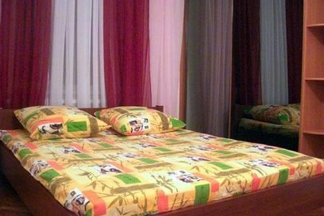 Сдается 2-комнатная квартира посуточно в Киеве, Бассейная, 10.
