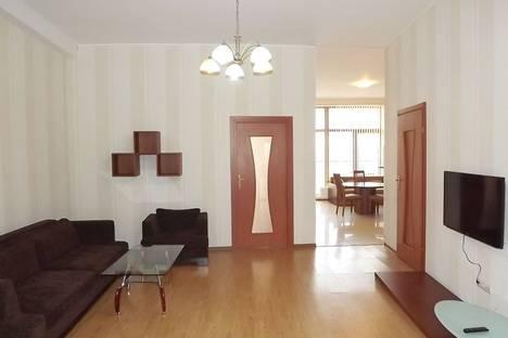 Сдается 2-комнатная квартира посуточно в Одессе, ул.Гагаринское плато 5/3.