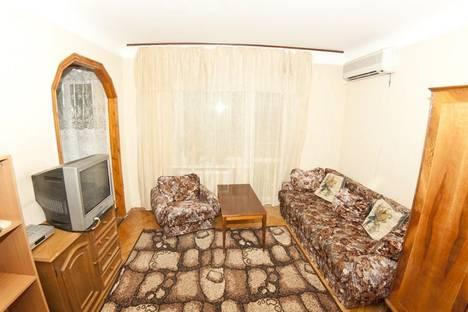Сдается 1-комнатная квартира посуточно в Киеве, Златоустовская, 51.