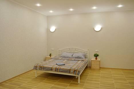 Сдается 1-комнатная квартира посуточно в Калуге, Пролетарская улица, 53.