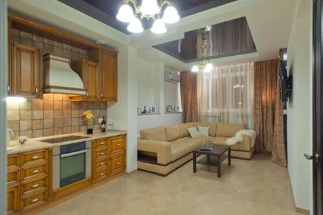 Сдается 2-комнатная квартира посуточно в Пензе, ул. Пушкина, 15.