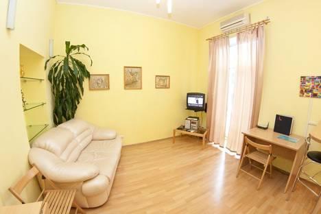 Сдается 2-комнатная квартира посуточно, Софиевская 4.