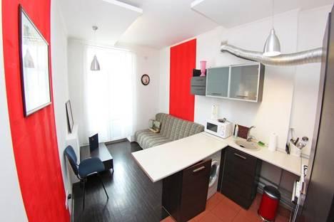 Сдается 2-комнатная квартира посуточно в Киеве, Воровского, 8.