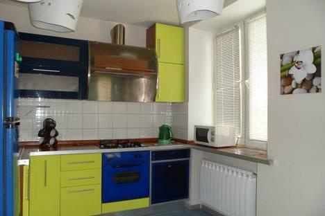 Сдается 3-комнатная квартира посуточнов Уфе, проспект Октября, 16.