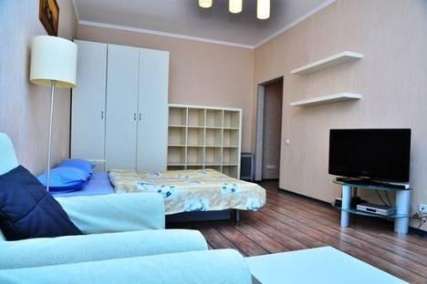 Сдается 1-комнатная квартира посуточно в Киеве, Золотоваротская, 2А.