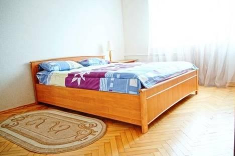 Сдается 2-комнатная квартира посуточно в Киеве, Щорса 33.