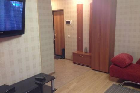 Сдается 2-комнатная квартира посуточнов Кургане, ул. Кирова, 115 б.