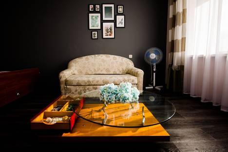 Сдается 1-комнатная квартира посуточно в Стерлитамаке, ул. Строителей, 8.