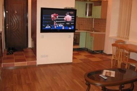 Сдается 3-комнатная квартира посуточно в Киеве, Трёхсвятительская, 11.