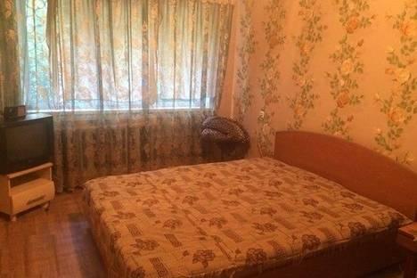 Сдается 1-комнатная квартира посуточнов Ленинске-Кузнецком, ул. Пушкина, 8.