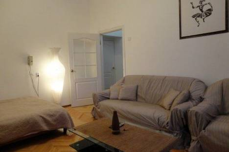 Сдается 1-комнатная квартира посуточно в Киеве, Бассейная 3.