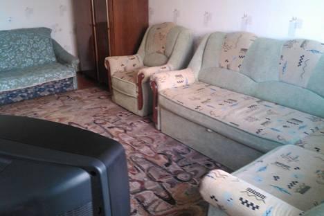Сдается 1-комнатная квартира посуточнов Чебоксарах, Привокзальная, 12.