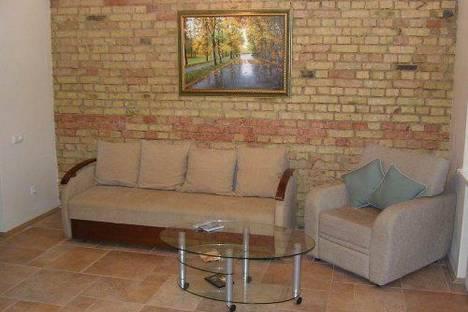 Сдается 2-комнатная квартира посуточно в Киеве, Кропивницкого 18.