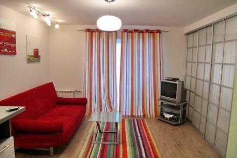 Сдается 2-комнатная квартира посуточно в Киеве, Саксаганского 7.
