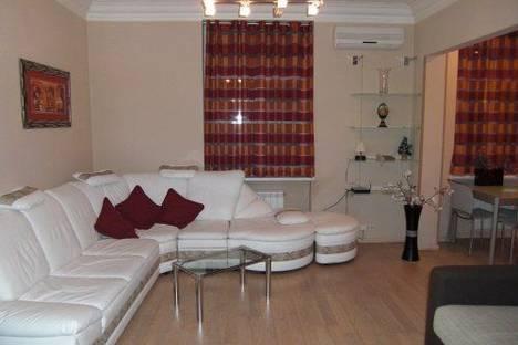 Сдается 2-комнатная квартира посуточно, Пушкинская 2.