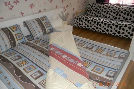 Сдается 2-комнатная квартира посуточнов Перми, Ленина 72б.