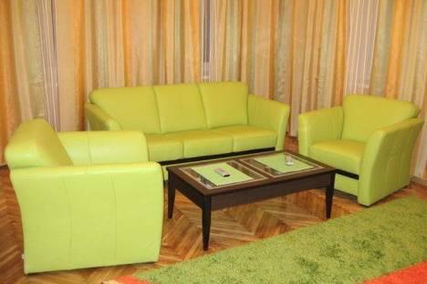 Сдается 2-комнатная квартира посуточно в Киеве, Лысенко 3.