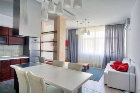 Сдается 2-комнатная квартира посуточно в Киеве, Мельникова 18-Б.