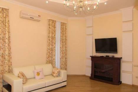 Сдается 2-комнатная квартира посуточно в Киеве, Малая Житомирская 5.