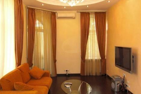 Сдается 2-комнатная квартира посуточно в Киеве, Малая Житомирская 13.