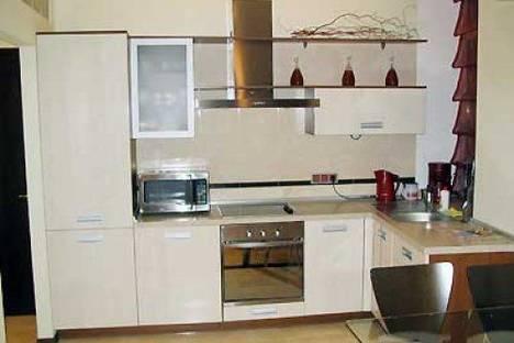 Сдается 2-комнатная квартира посуточно в Киеве, Бассейная 3.