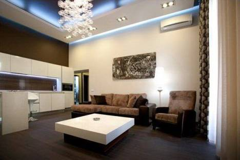 Сдается 2-комнатная квартира посуточно в Киеве, Шота Руставели 42.